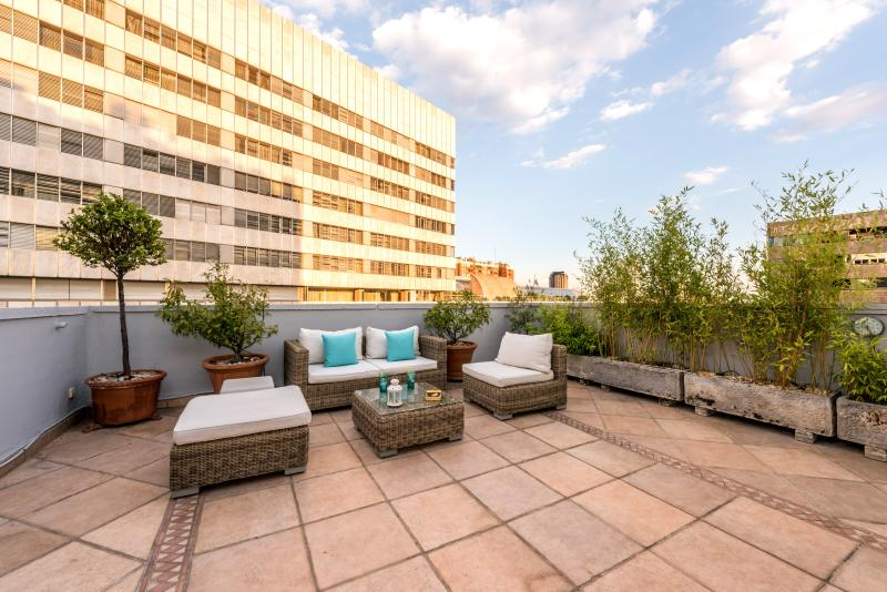 Duplex Penthouse Cuzco-Castellana Smart, holiday rental in Madrid