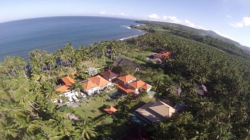 Jasri Seafront Karangasem, East Bali, location de vacances à Candidasa