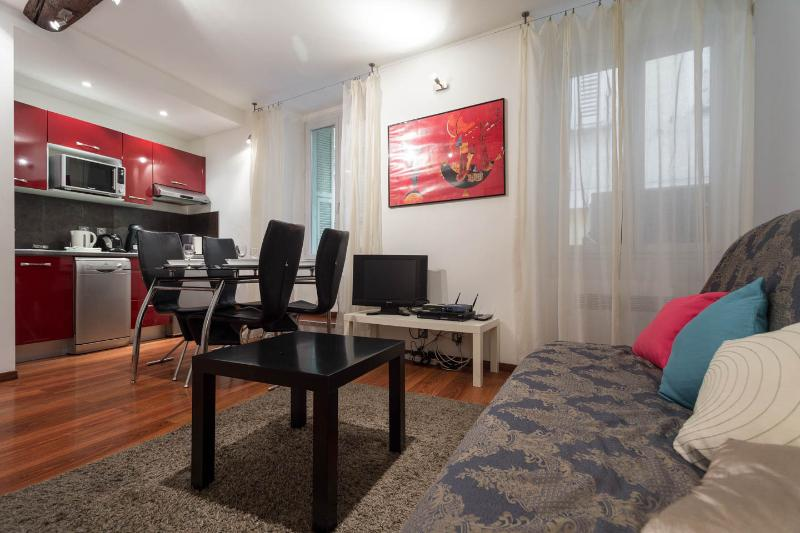 central and convenient review of old nice 1 bedroom apartment rh tripadvisor com  nice 1 bedroom apartments in monterey park