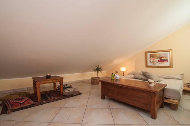 Cozy Attic Loft, holiday rental in Ficarazzi