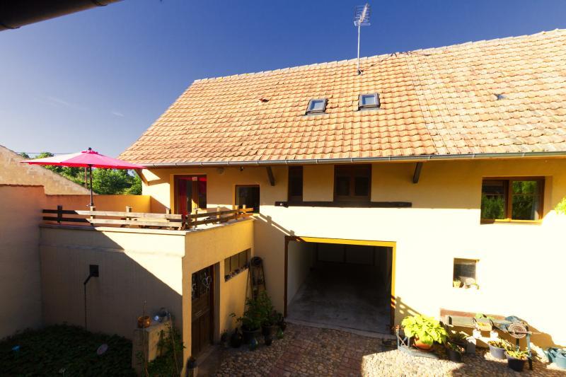 Arrière + terrasse
