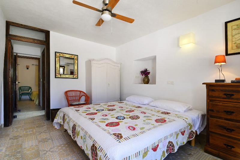 The Orange bedroom with view to ensuite and Lemon room, along small corridor (double or twin)