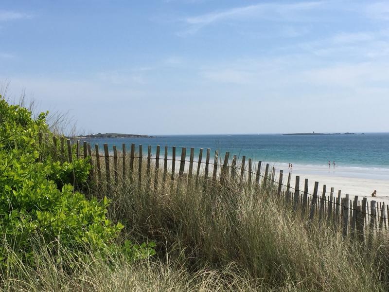 Kersidan Beach 15 km