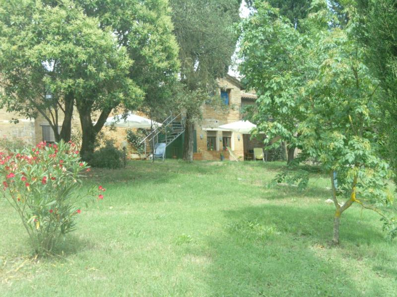 agrriturismoLatorre di monsindoli, Ferienwohnung in Ville di Corsano