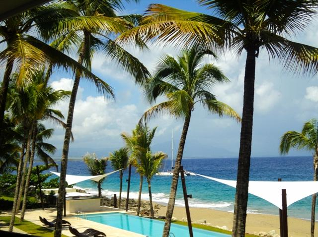 Our stunning infiniti pool overlooking the ocean.
