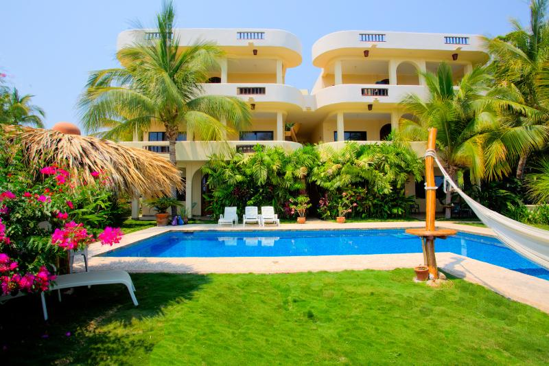 Apartment LAS TURQUEZAS # 2, vacation rental in Puerto Escondido