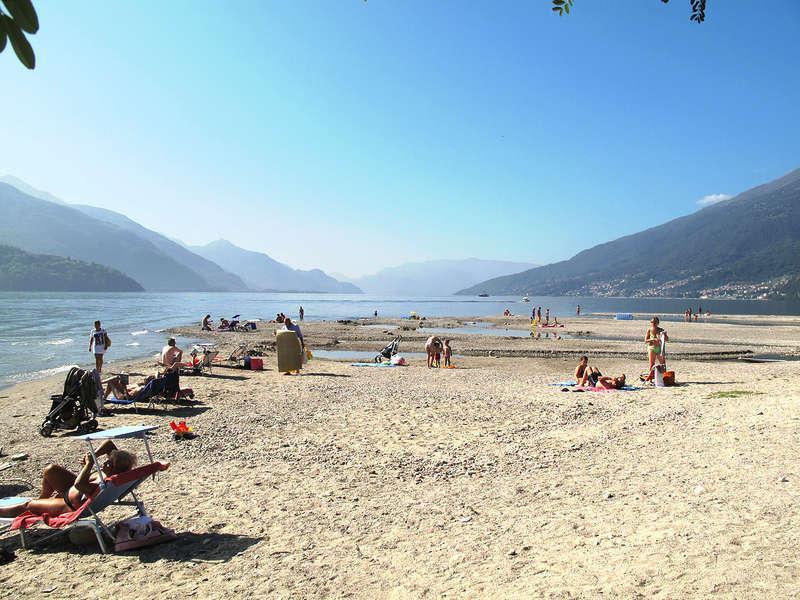 Gravedona beach