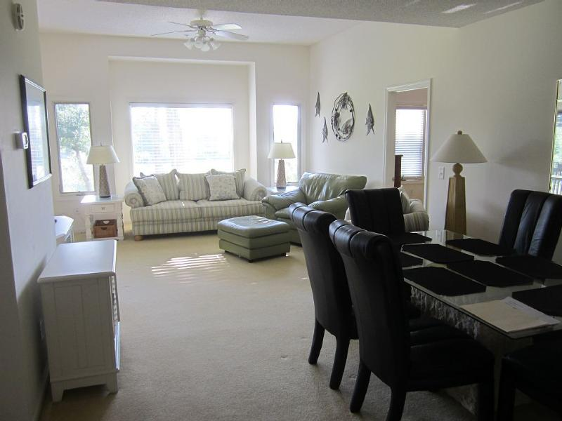 Clubhouse Villas 3BR 3 Bath Condo Beach/Golf, holiday rental in Longs
