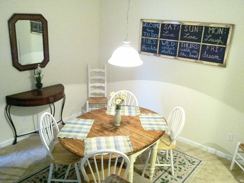 Dining room with seating for 7