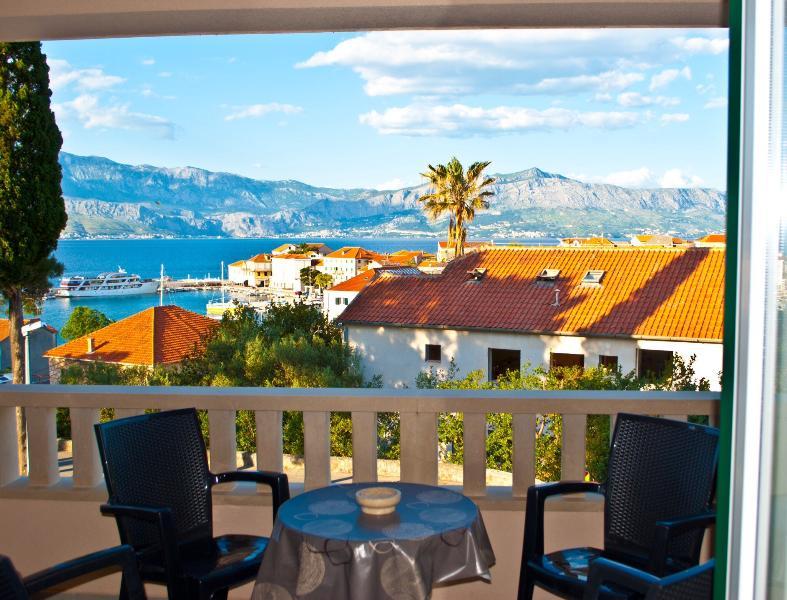 Mare & Amore, location de vacances à Postira