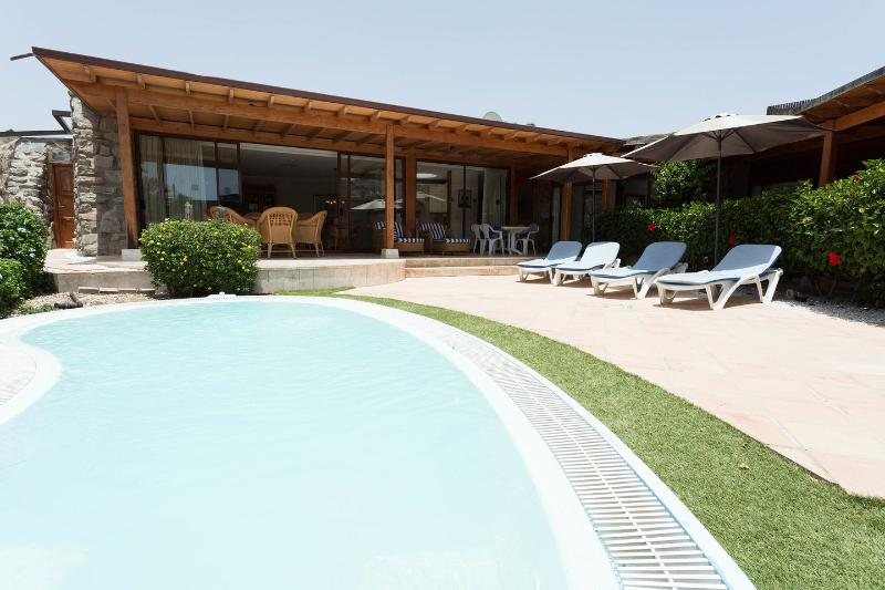 Villa at Anfi Tauro Golf, 3 bedrooms, private pool, holiday rental in Amadores