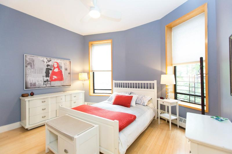 large bright and renovated 1br in brownstone tripadvisor rh tripadvisor com au