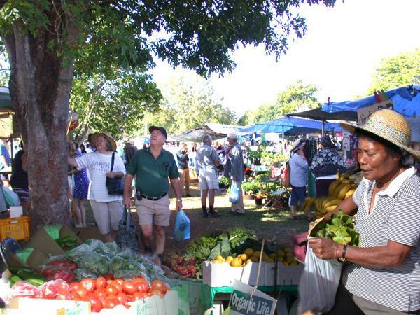 Yungaburra market