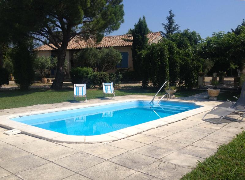 Mas des collines, Cottage with Butler/Chef,Fontvieille en Provence proche Baux, vacation rental in Arles