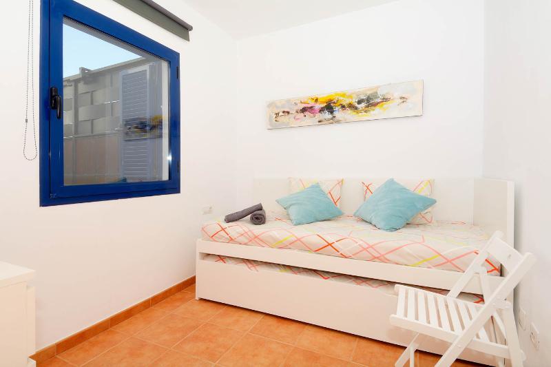 Habitación en planta baja con cama nido