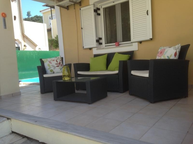 Front patio area, perfect place to relax and see the sun go down