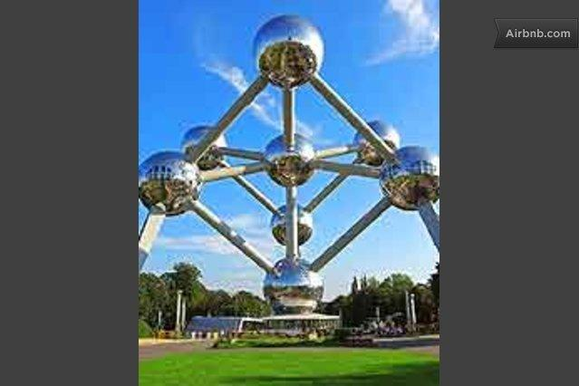 One-bedroom Apartment Near ATOMIUM, vacation rental in Jette