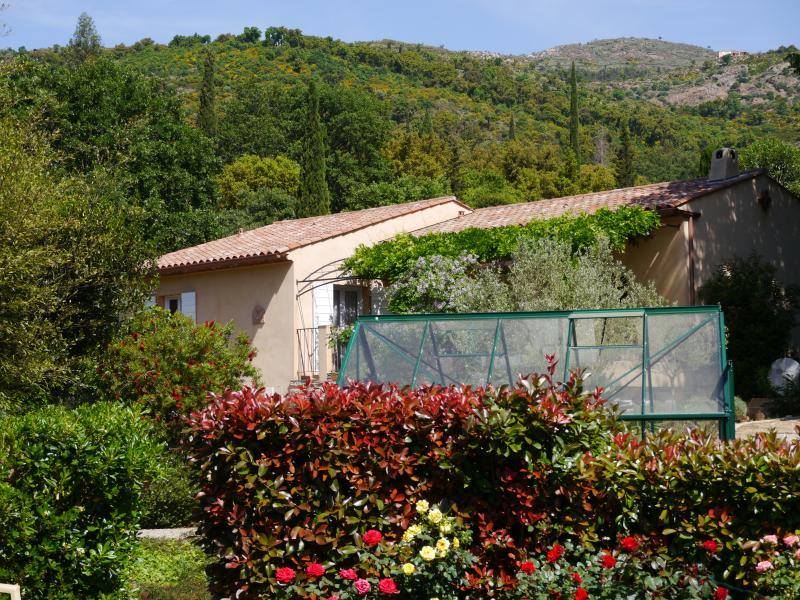 La casa en la colina de provenzal.