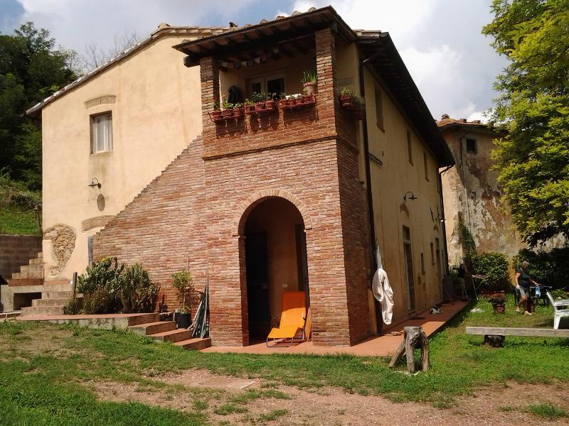La Volta: un'oasi di pace tra le colline Toscane, vacation rental in Casciana Terme Lari