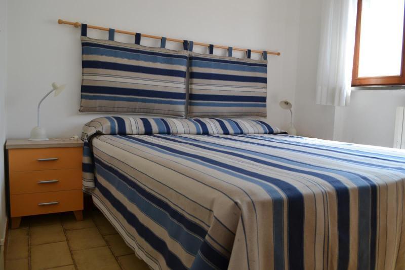 Bilocale in centro a 2 passi dalla spiaggia, holiday rental in Torre San Giovanni