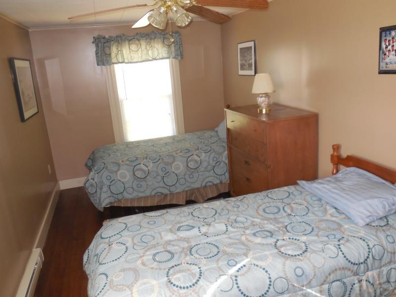 3 º quarto com duas camas individuais