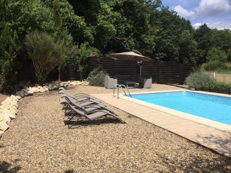 Gîte Périgord Blanc/Noir, Dordogne - Gîte LauPitoMeizou, Holiday Accommodation, vacation rental in Saint-Geyrac