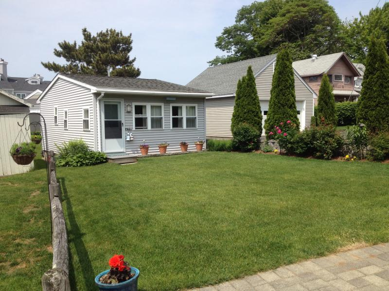 ennis cottage with private beach on branford shore updated 2019 rh tripadvisor com