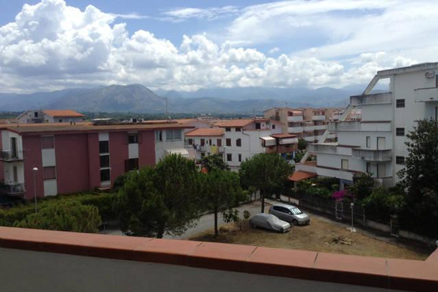 Two bedroom apartment at only150 meters from sea, vacation rental in Sant'Angelo