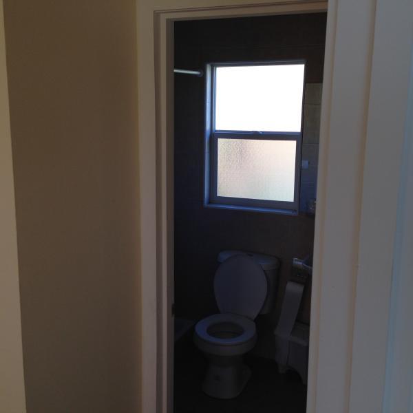 Bathroom (Bedroom 5)