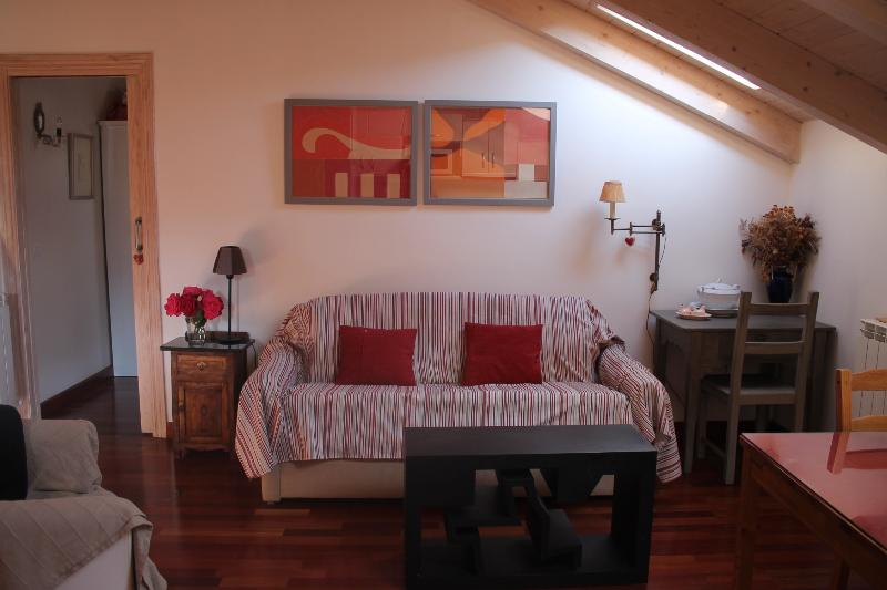 BONITO APARTAMENTO PARA DOS..., vacation rental in Huesca