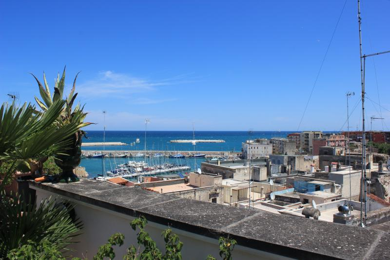 ARCO SANT'ANTONIO, vacation rental in Bisceglie
