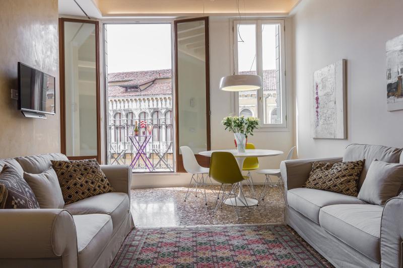 Manin - gem with great view, aluguéis de temporada em Cidade de Veneza