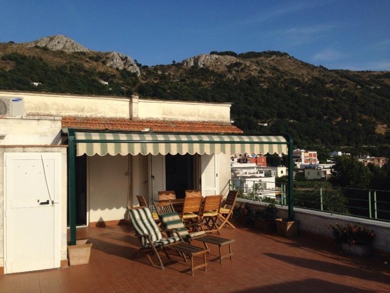 Attico Panoramico nel centro storico di Anacapri, holiday rental in Island of Capri