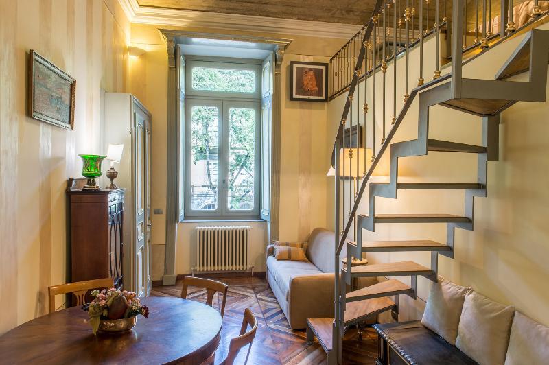Elegante appartamento nel centro storico, location de vacances à Turin