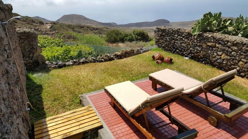 Acogedora Casa Rural Tia Lucila, Ferienwohnung in El Hierro