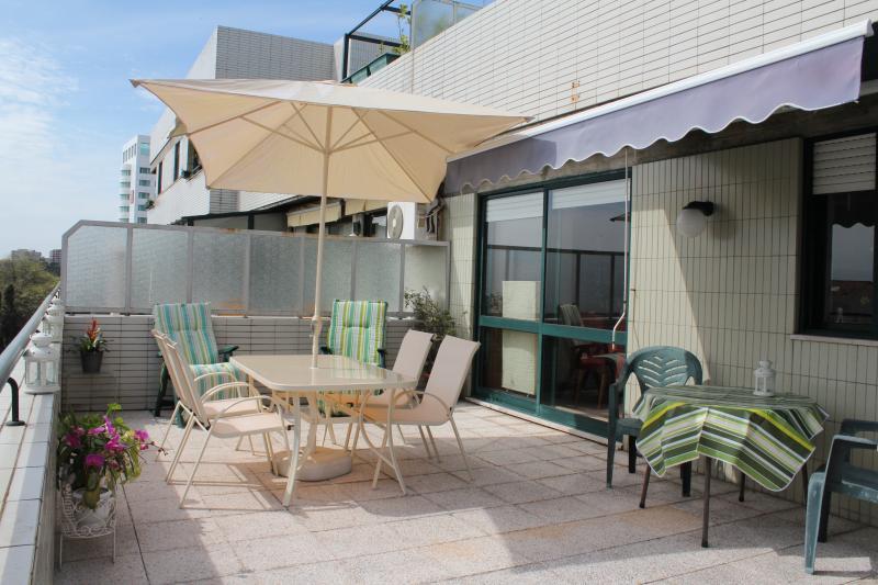 River & Ocean – Cozy Private Studio, vacation rental in Porto