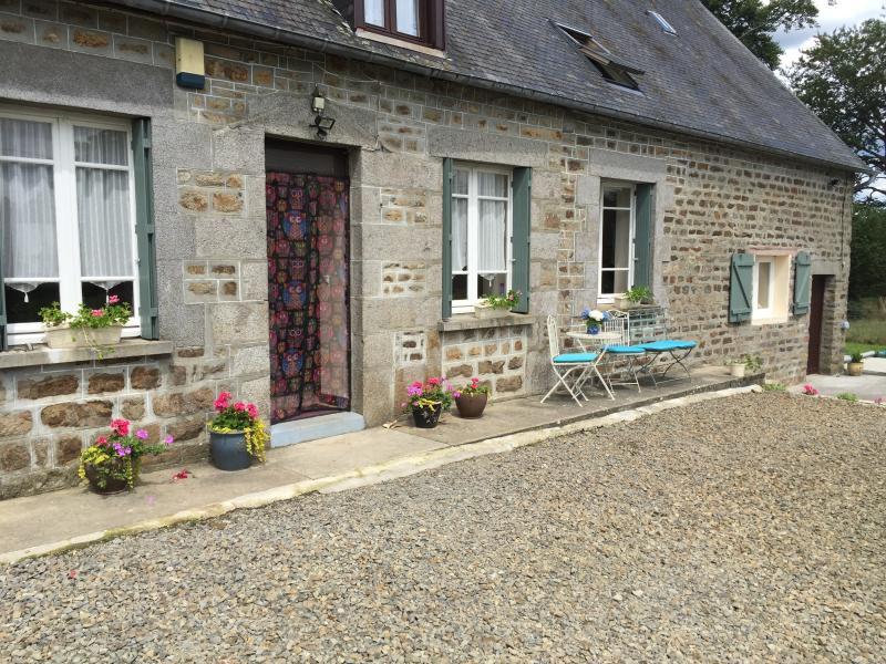 La Vieille Vente near Mortain Lower Normandy, vacation rental in Chauvigny