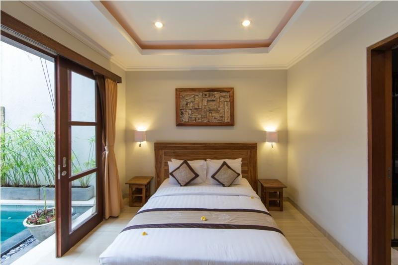 3 Bedroom Private pool Villas, holiday rental in Kerobokan Kaja