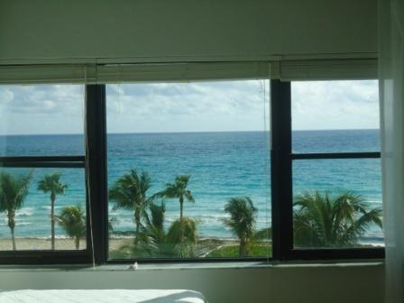 Casablanca Condominio (#1) Studio Privado, holiday rental in Miami Beach
