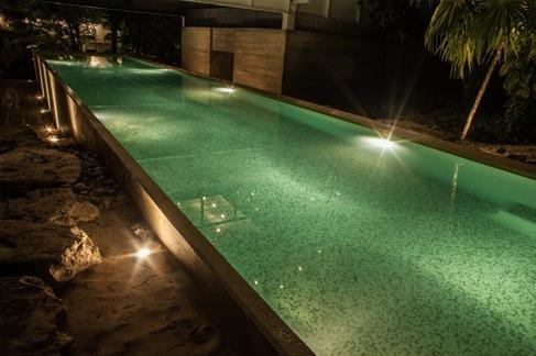 25 meter lap pool and also a resistance pool of 20 meter long
