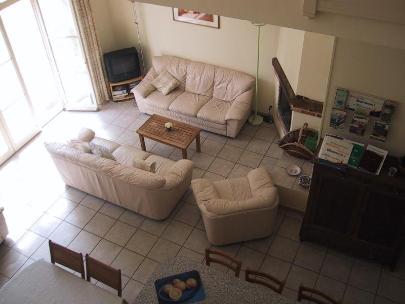 Vista aérea da sala de estar