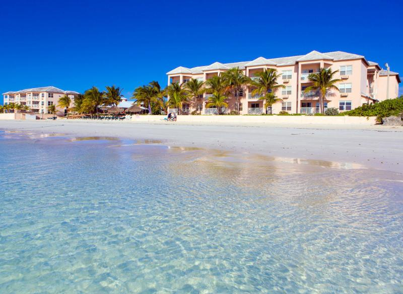 Island Seas Resort: 2-Bedrooms, 2 Baths, Sleeps 6, Full Kitchen, aluguéis de temporada em Freeport