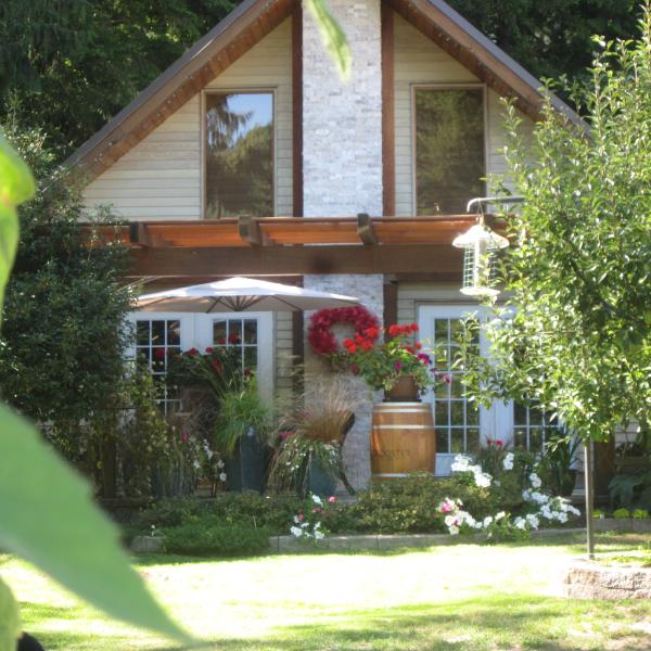 Lake Errock B&B, holiday rental in Harrison Hot Springs