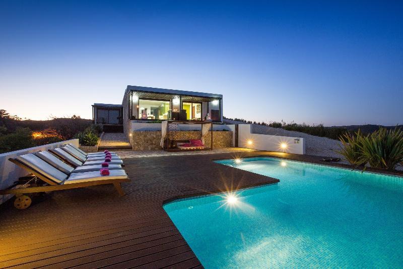 Paradise Villa, Ferienwohnung in Silves