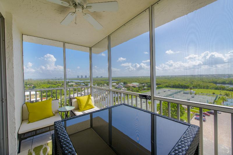 10th floor unit offers amazing views up and down the beach!