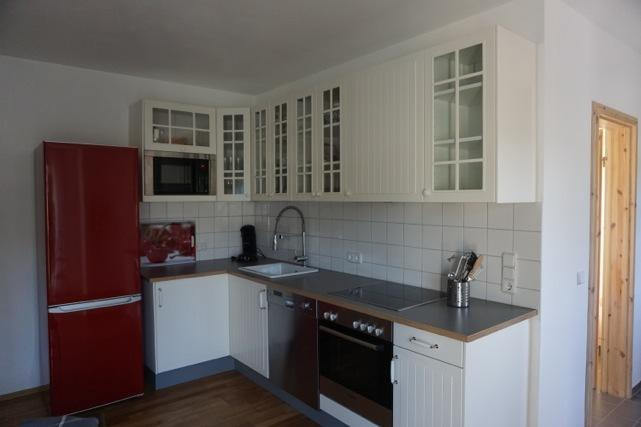 Moderne gut ausgestattete Küche/modern fully equipped kitchen