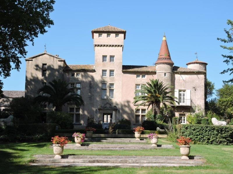 Chateau Saint-Martin-de-la-Garrigue, holiday rental in Pezenas