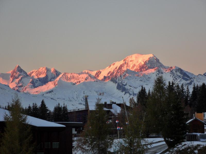 Vue depuis le balcon du Couché de soleil sur le Mont Blanc