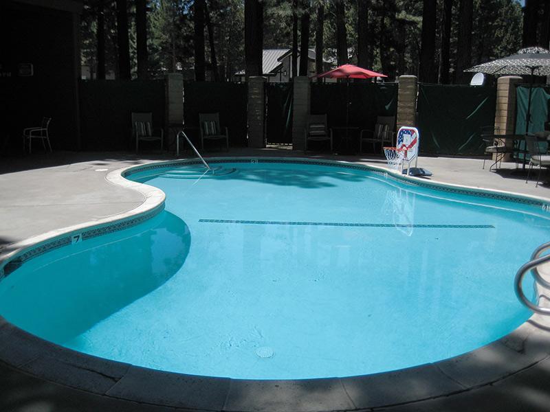 Winterset Outdoor Pool (Summer Only)