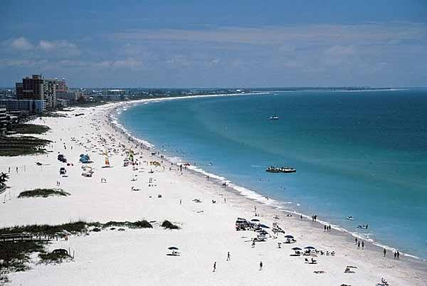 Beautiful St Pete Beach is a 3 minute walk from the condo.